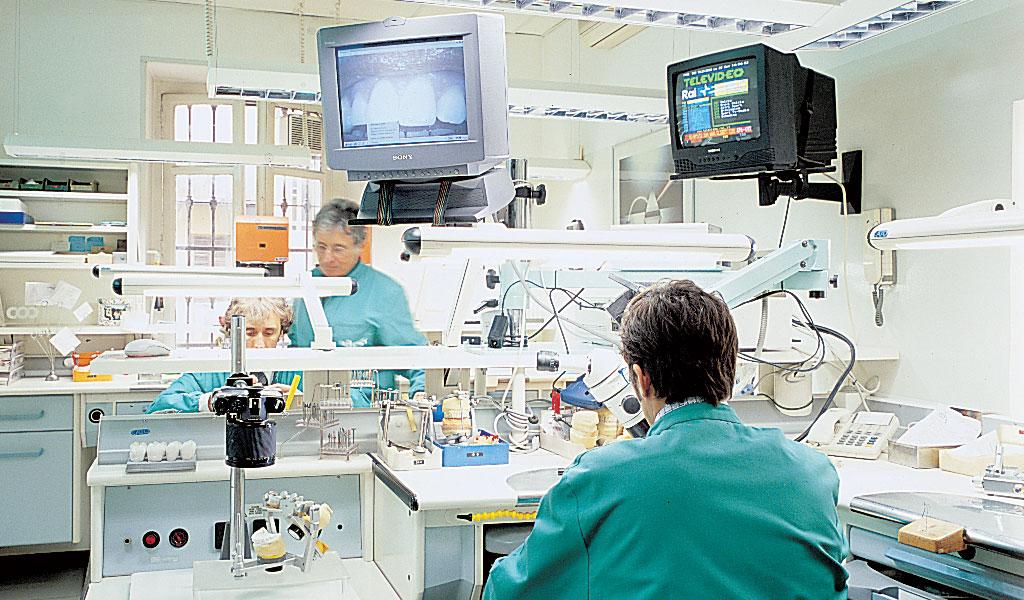 azienda-della-donna-laboratorio-odontotecnico-5